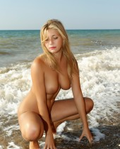 showy beauty nudes
